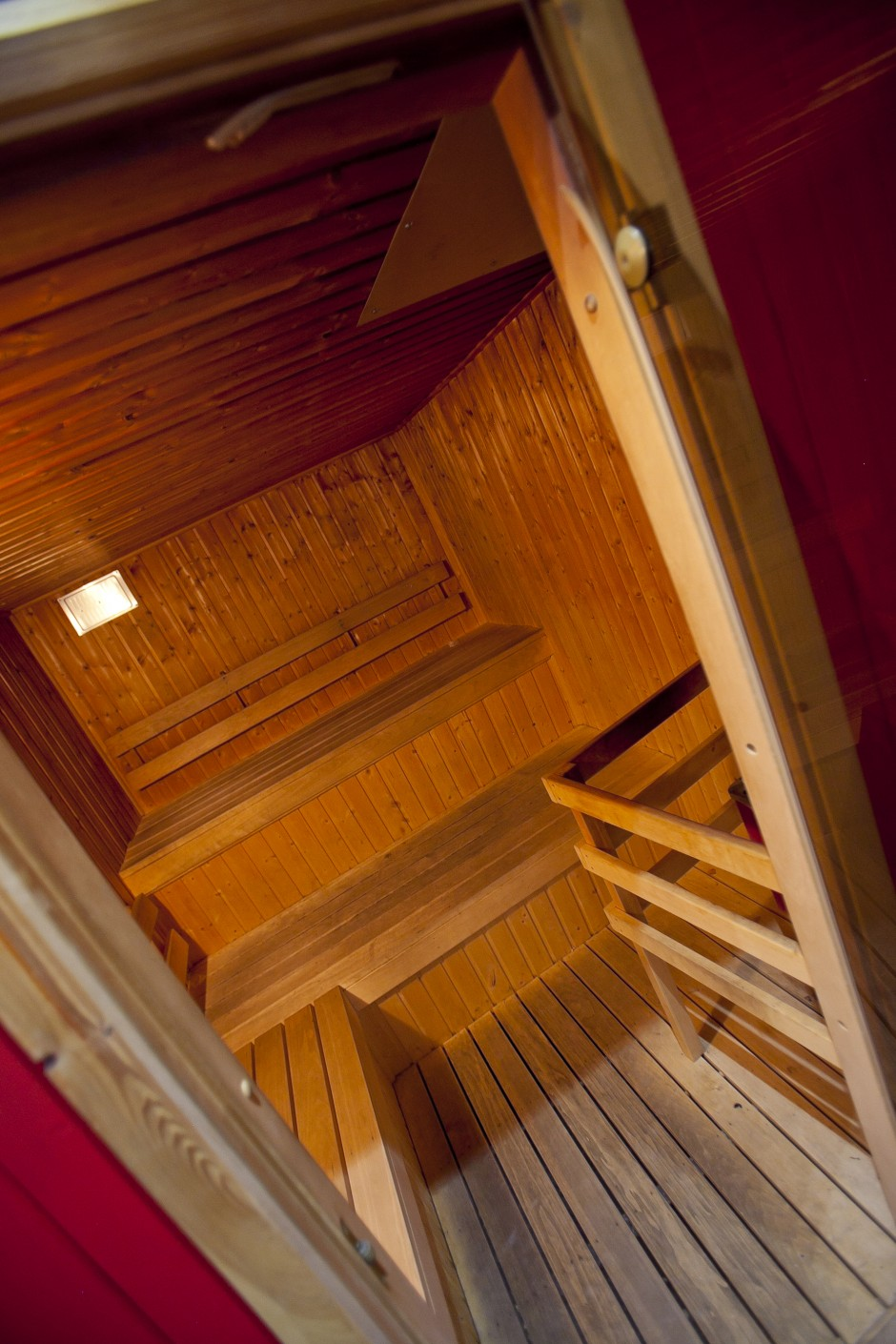 Sauna Fitness And Massage Room Spa In Cluj: Quest Sauna Steam Room
